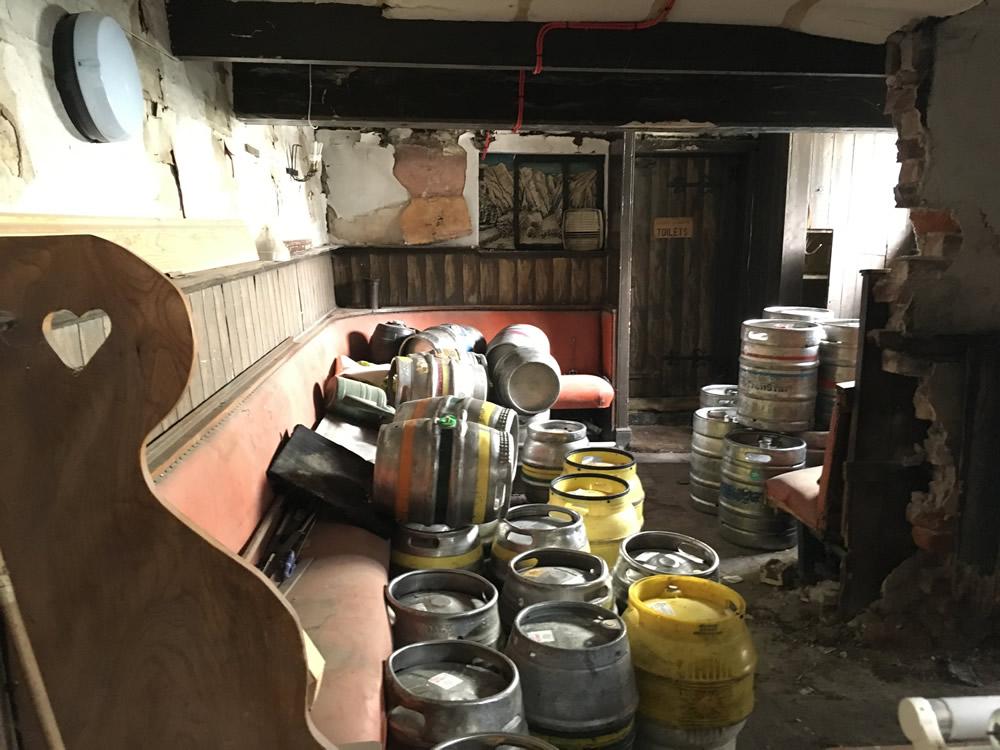 Old Market Tavern - The Glory Hole