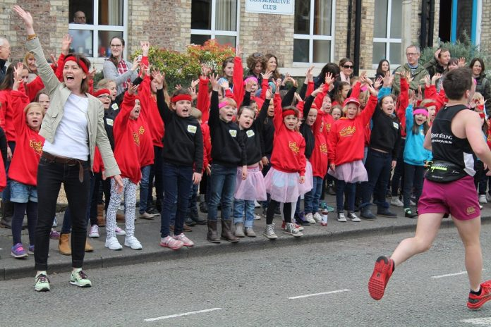 Little Belters entertain marathon runners