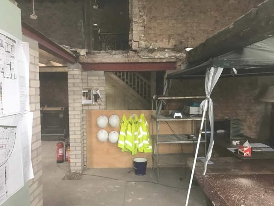 Stamford Arms Bowdon - Inside